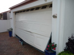 repair-damaged-garage-door-hopkins-mn
