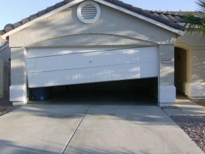 repair-garage-door-off-tracks-hopkins-mn